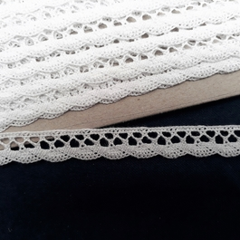 Krajka paličkovaná 100% bavlna š.11mm 10m/bal.