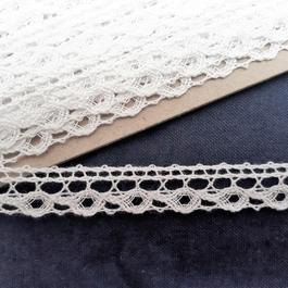 Krajka paličkovaná 100% bavlna š.14mm 10m/bal.