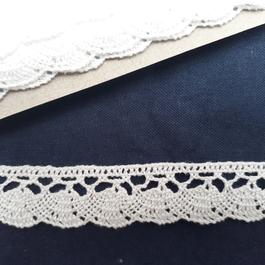 Krajka paličkovaná 100% bavlna š.20mm 10m/bal.